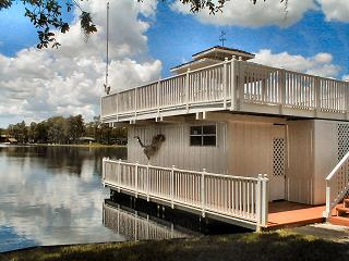 Need a boat house  built or repaired? Bettin Construction, LLC 28750  Walker Drive Wesley Chapel, FL.  33544 Call Today Ph 813-817-3099