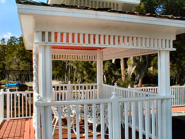 Sun decks and Gazebos, if you can dream it we can build it Bettin Construction, LLC 28750  Walker Drive Wesley Chapel, FL.  33544 Call Today Ph 813-817-3099